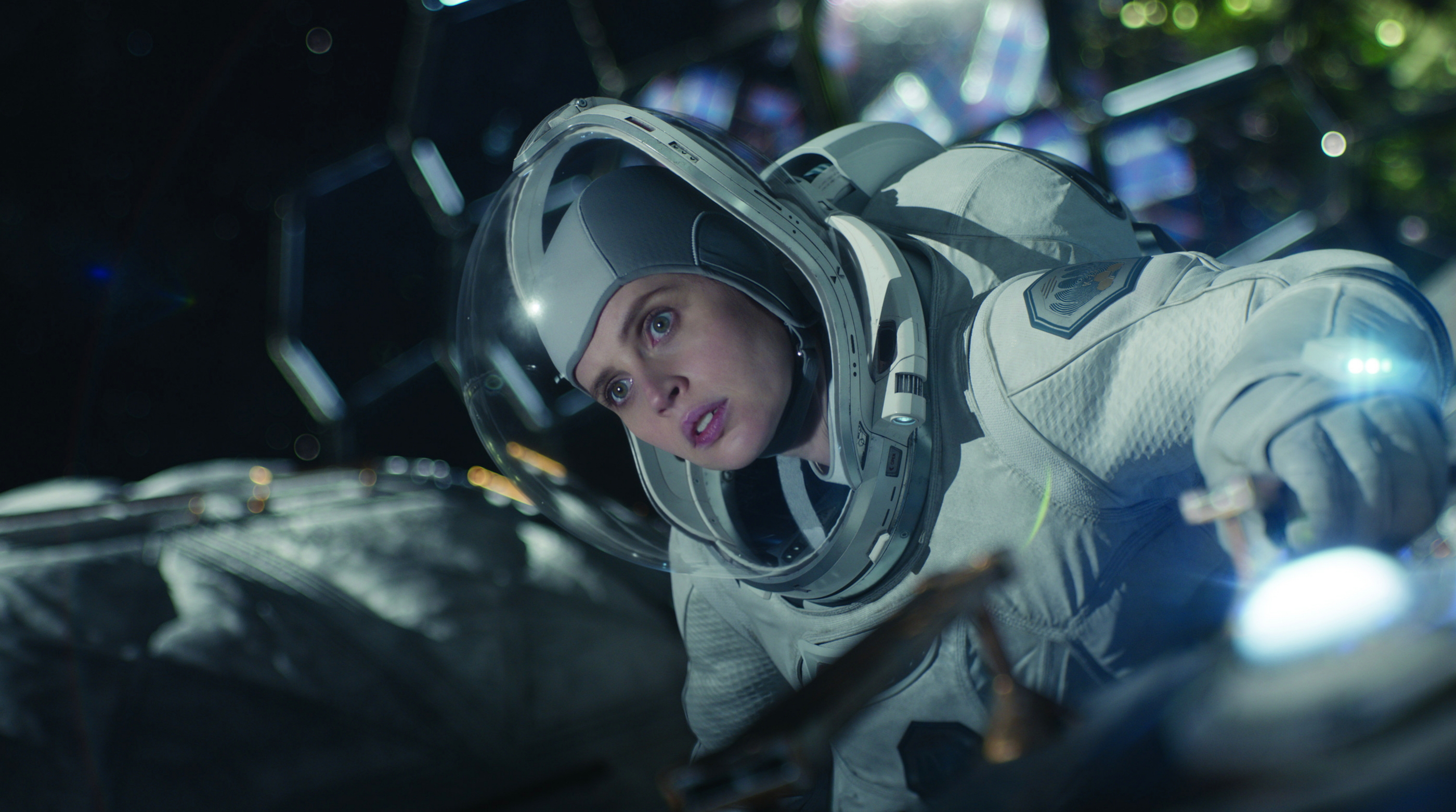 Felicity Jones i rymden