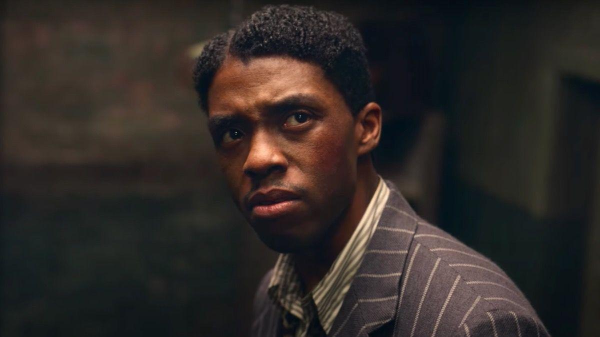 Chadwick Boseman (1976-2020) var en personerna som hyllades under inslaget In Memoriam. Foto: Netflix.