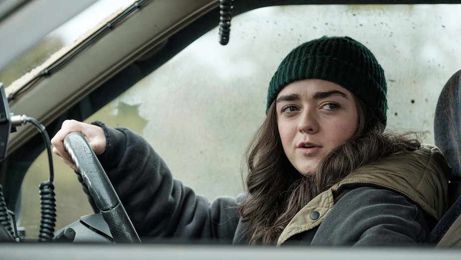 Maisie Williams i Two Weeks to Live på Paramount+