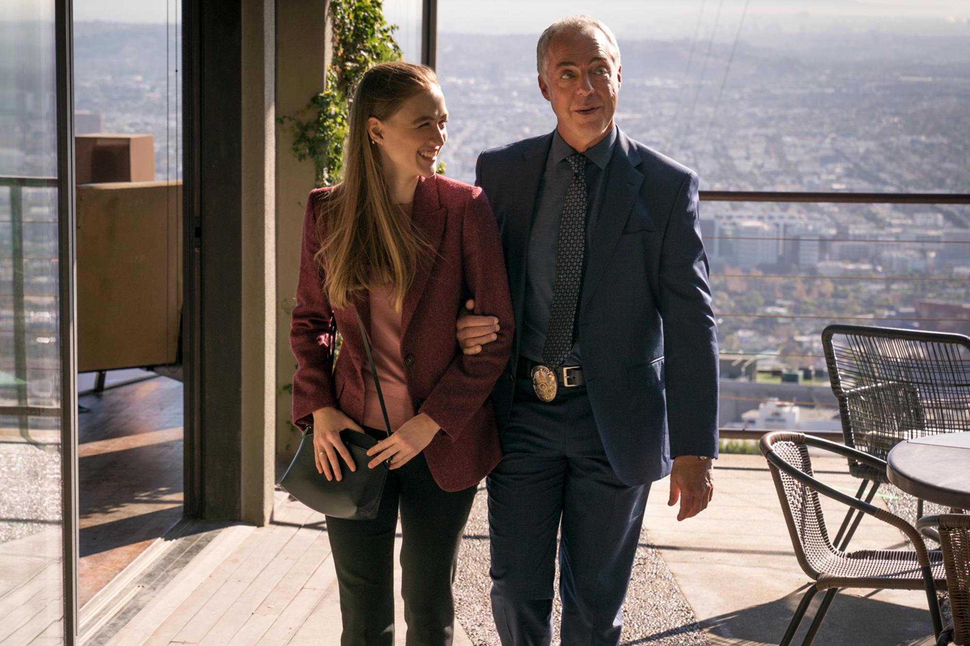 Maddie (Madison Lintz) och Harry Bosch (Titus Welliver). Foto: HBO Nordic/Amazon Prime.