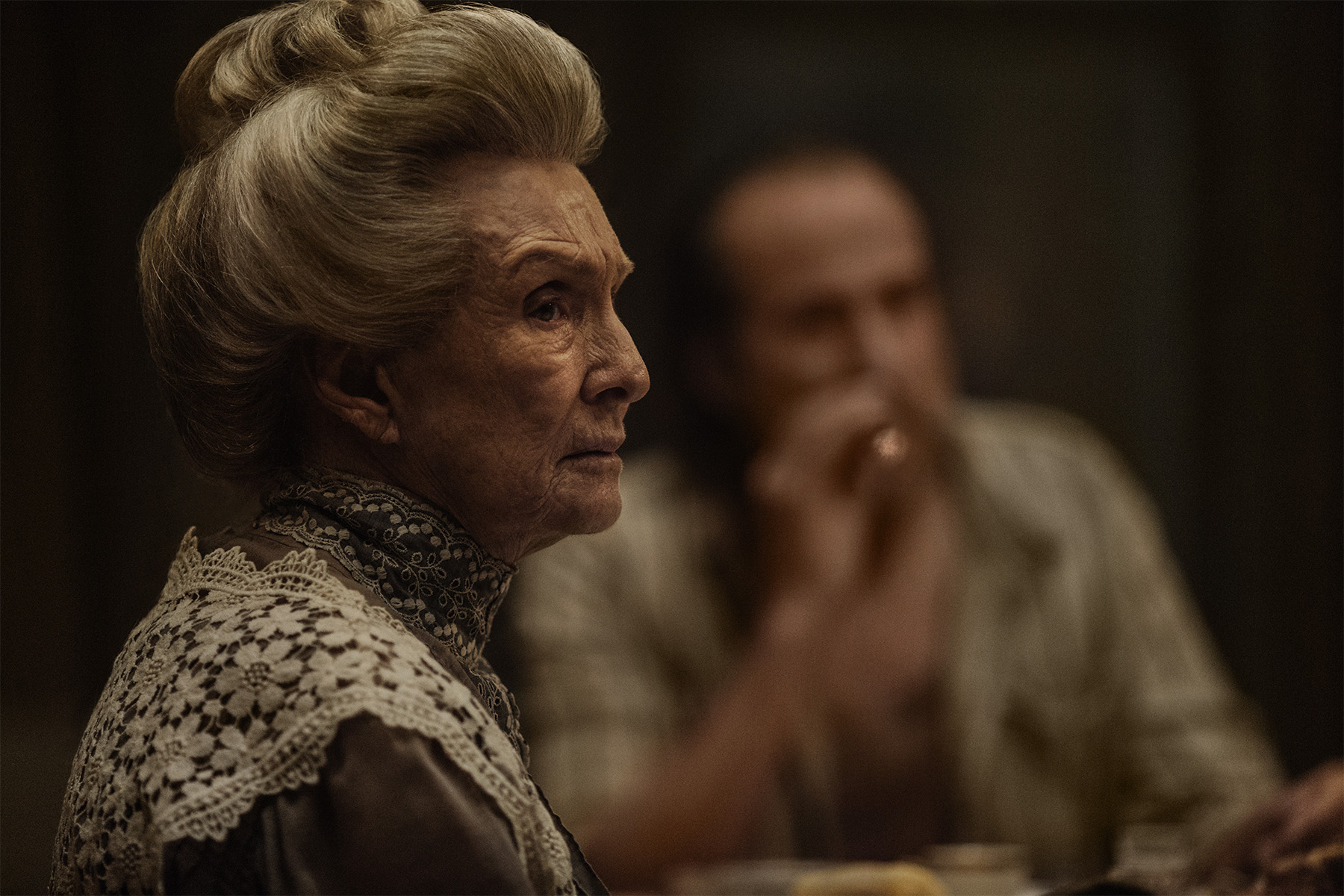 Cloris Leachman i American Gods.