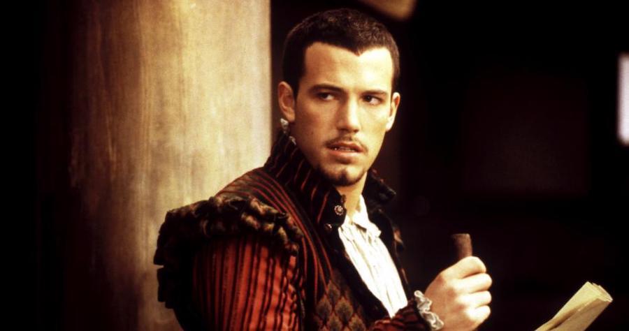 Enligt ryktesväg var Affleck nära att få spela Shakespeare. Han fick istället nöja sig med en biroll.