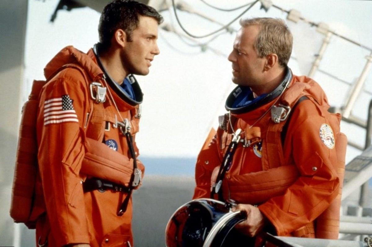 Afflecks raketkarriär fortsatte här ut i rymden. Foto: Touchstone Pictures.