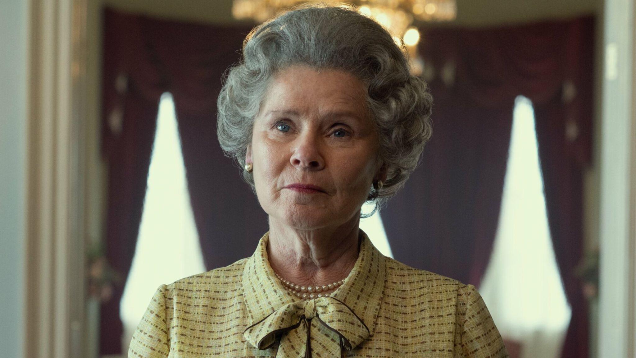 """Imelda Staunton som drottning Elizabeth i kommande säsongen av """"The Crown""""."""