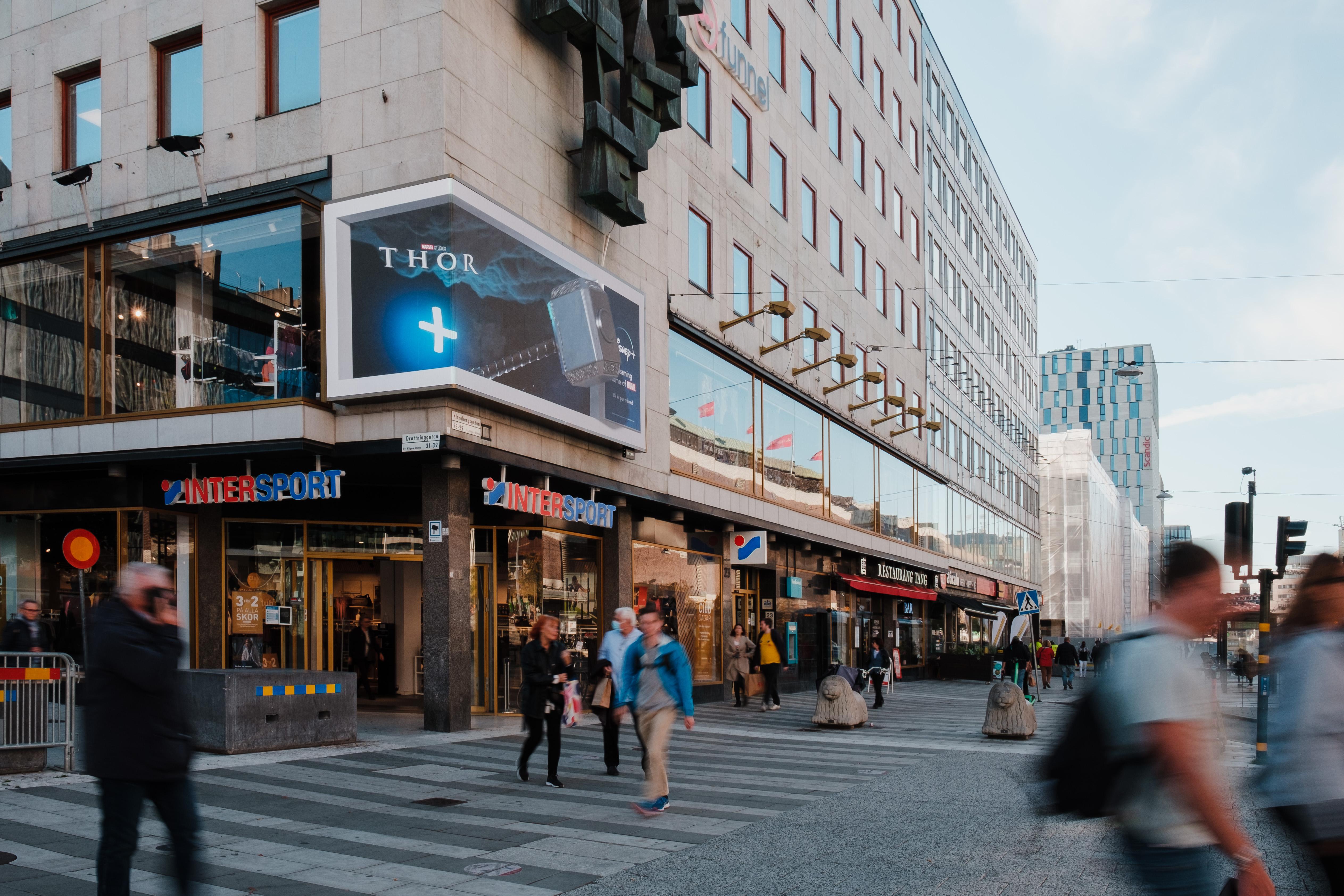 3D annonsering på Sergels torg